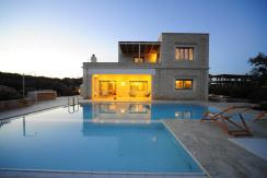Perseas 4 bd Luxury Villa