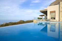 Blue Horizon Luxury Villa (Heated Pool)