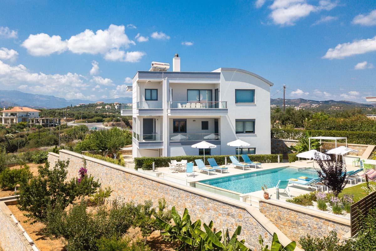 Elysium 5 Bedroom Luxury Villa (Heated Pool)