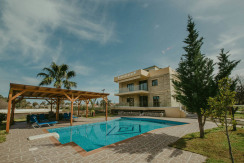 Mirsini 3 Bd Luxury Villa