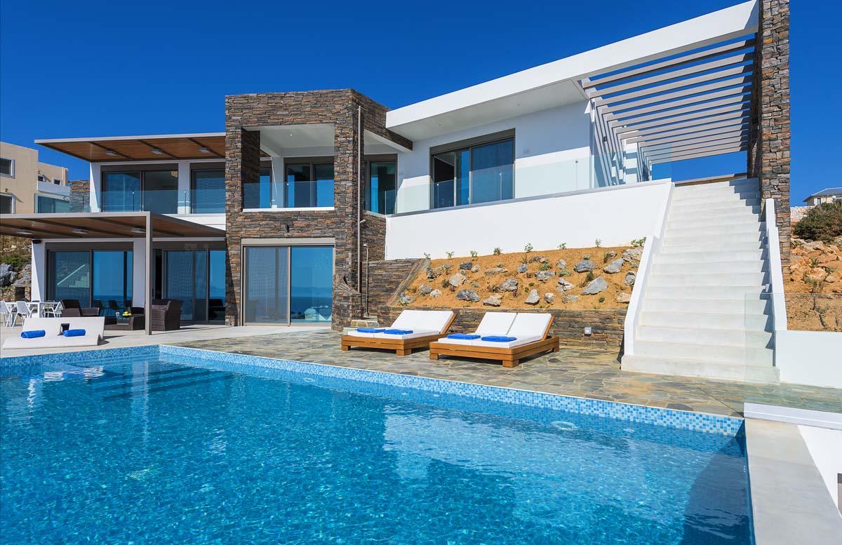 Waterfront Luxury Villa