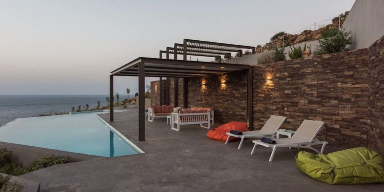 rental villa Chania pool area 6