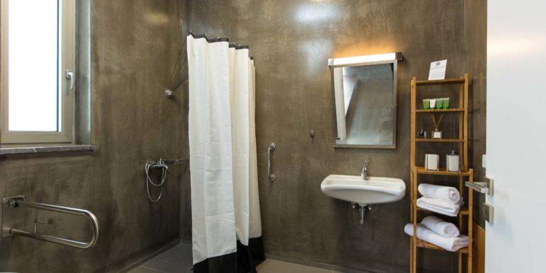bathroom isogeio2