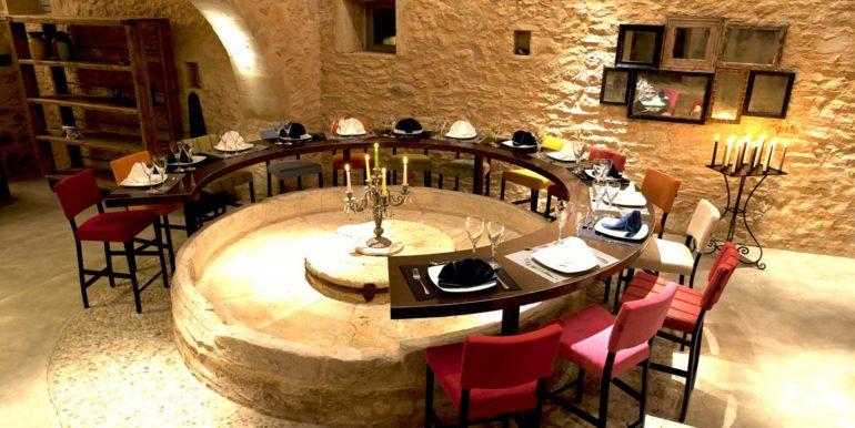 Villa Athermigo Dining Area1
