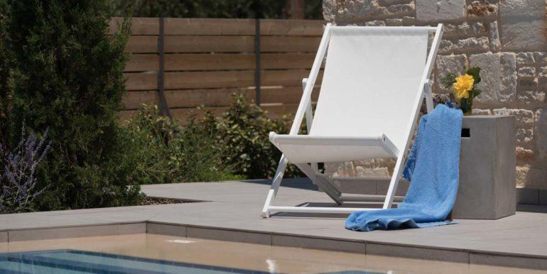 Villa Karga by the pool_2