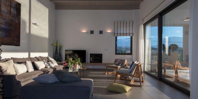 Villa Karga living room_2