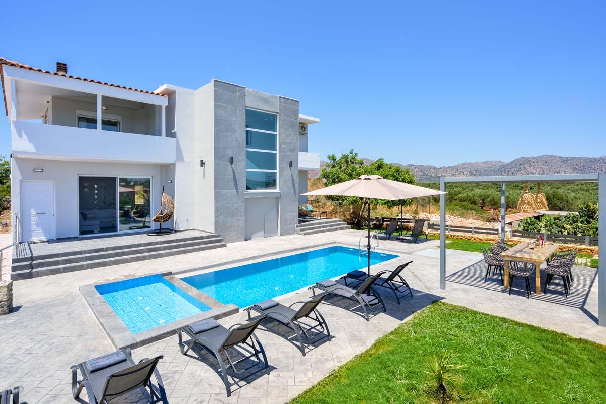 Grouse 5Bd Luxury Villa